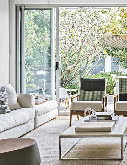30万打造北欧风复式家  体验纯色设计