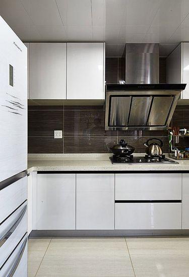 130平精致的简约风格装修  现代黑白灰追随时尚