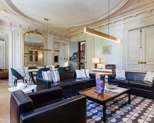 古典与现代的混搭  150平两居室装修图片