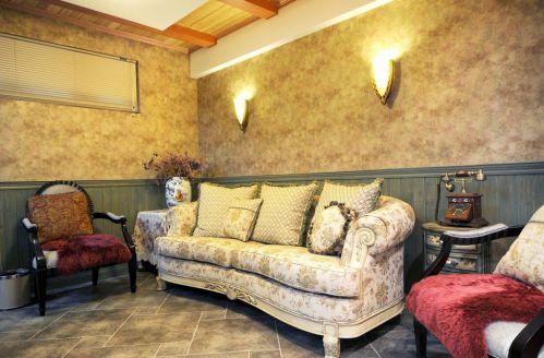 天鹅湖花园4室2厅180平米地中海风格