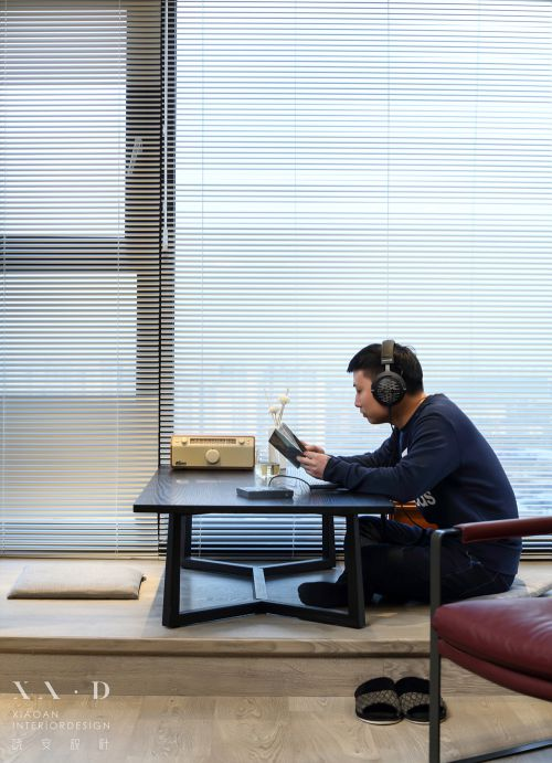 晓安设计|静默之间,耳机控的自由与随性